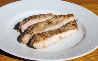 Kycklingfilé kan tillagas på många sätt, tex i gryta, ugn eller panna. Skär gärna längs med fibrerna för att undvika att det blir segt.